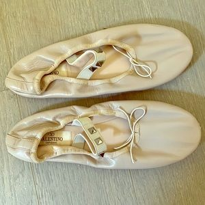 Valentino Garavani Rockstud Leather Ballerina Flat